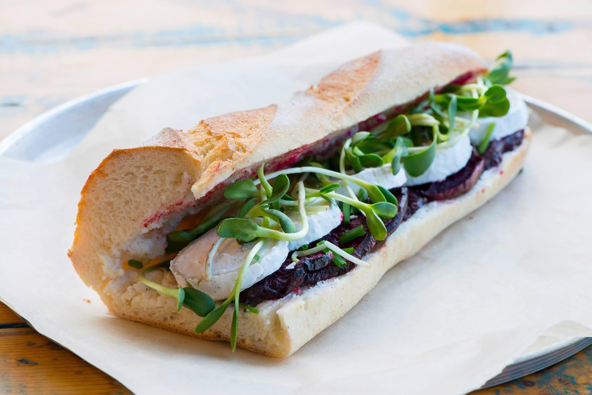המסעדות הטובות ביותר ב עמק חפר - אגדת לחם משק יעקבס