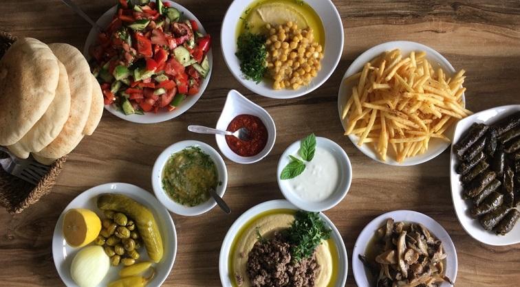 המסעדות הטובות ביותר ב גליל עליון - חומוס פול ג'ובראן