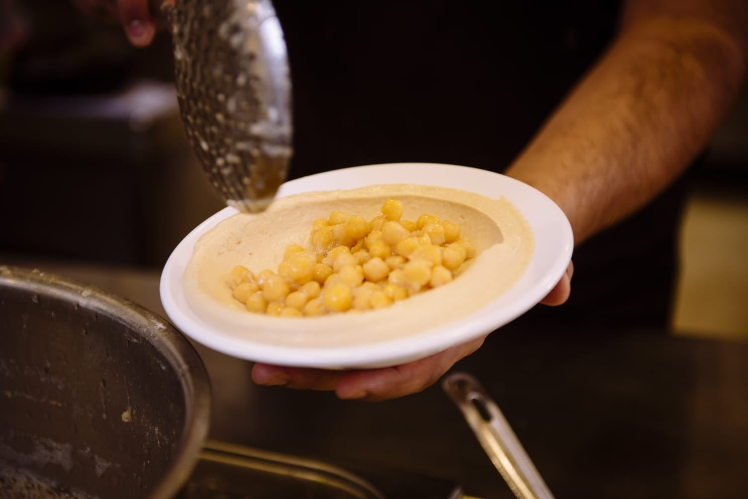 המסעדות הטובות ביותר ב רמת השרון - החומוסייה של אבו ברקוביץ׳